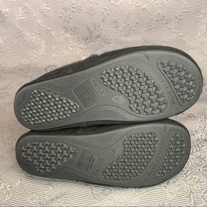 Acorn Shoes - Acorn Fave Gore Slip On Moccasin Comfort Slippers